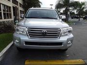 FOR SALE A FAIRLY USED 2013 TOYOTA LAND CRUISER FULL OPTION